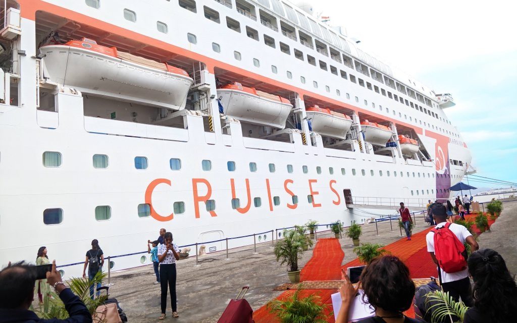 Embarkation and Disembarkation - The Busiest Days On Cruise Ships